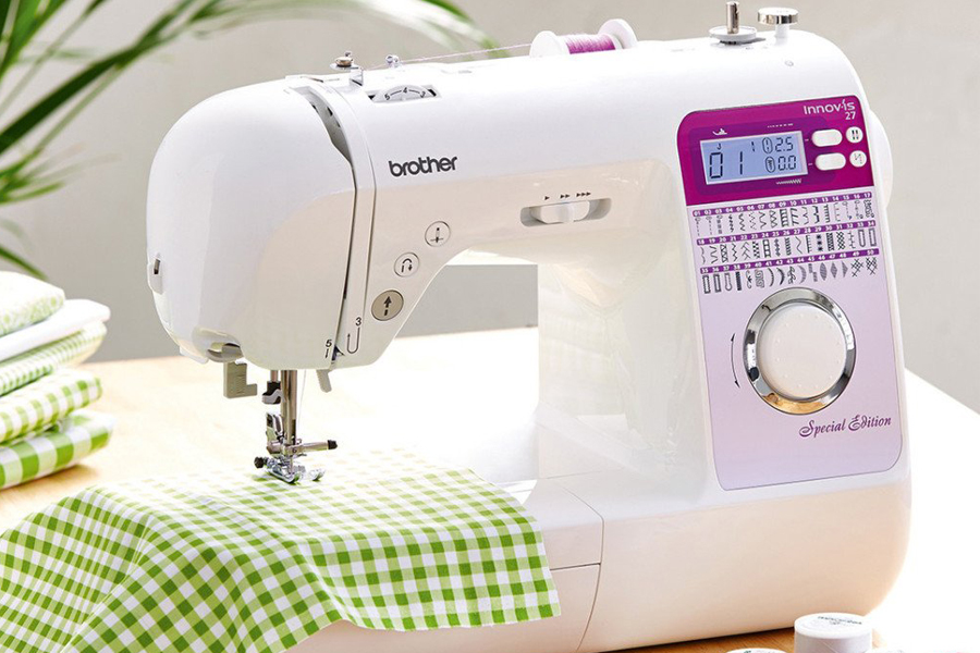 Best Sewing Machine Canada Review